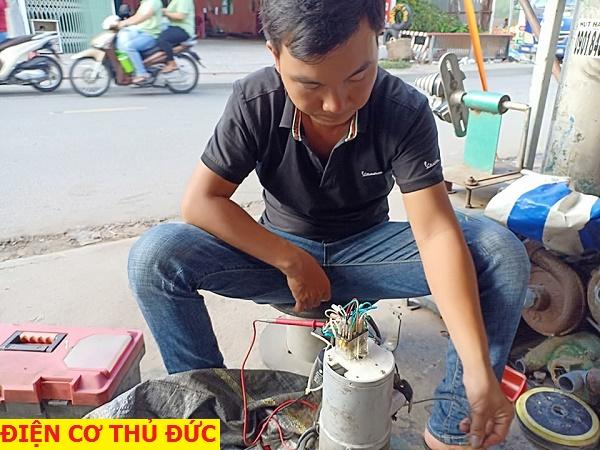 Thợ sửa cửa cuốn tại TPHCM lh 0906.100.717